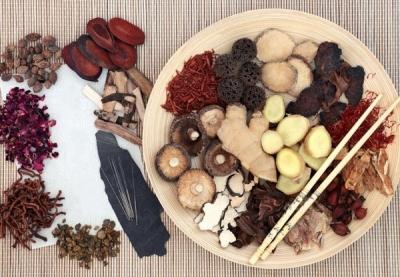 Dứt điểm viêm âm đạo nhờ 3 bài thuốc Đông y cực đơn giản