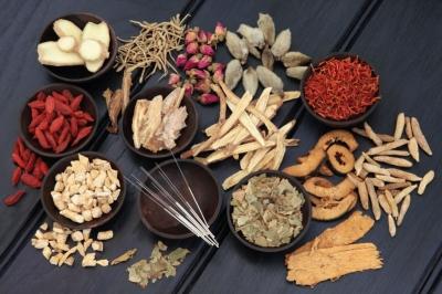 3 bài thuốc Đông y bí truyền cực hay điều trị viêm âm đạo